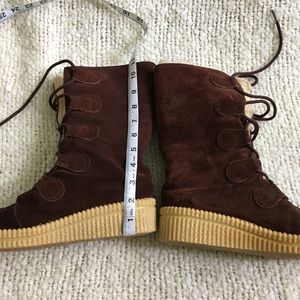 Vintage Shoes - Vintage lace up Sherpa lined winter boot